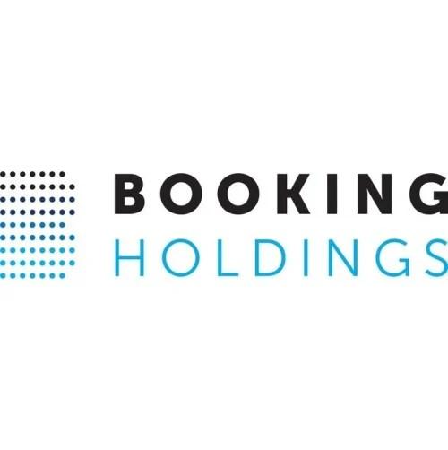 Comparing MakeMyTrip (NASDAQ:MMYT) & Booking (NASDAQ:BKNG)