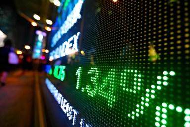 Beacon Securities Downgrades ORGANIGRAM-TS (TSE:OGI) to Hold