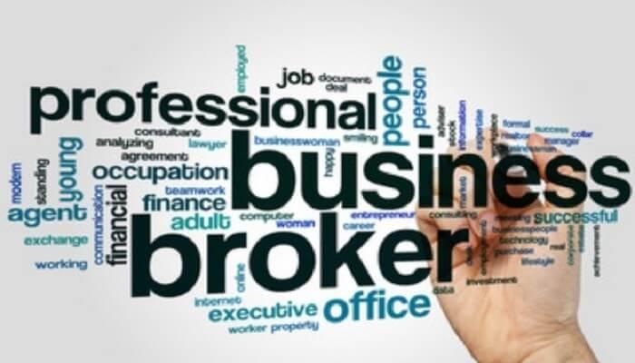 memilih broker