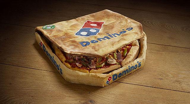 Désormais l'emballage carton de la boite de Pizza Dominos est lui aussi en pâte à pizza. Réduisons nos déchets ...