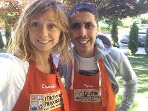 Charlotte et Hassan constituent l'équipe de tournage de choc du service Cow Prod : La maison de prod de Michel et Augustin
