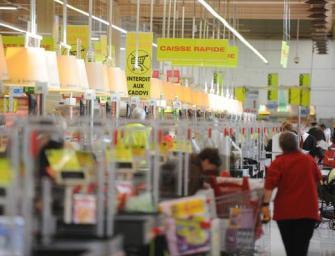 #lechiffre = + 200 caissières chez Auchan