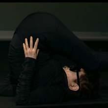Yoko Ono se vuelve loca en el seminario de Grey en Cannes