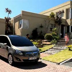 """Opel """"abraza la vida"""" en su campaña para promocionar el nuevo Meriva"""