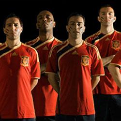"""Adidas ha multipicado por 20 sus ventas gracias a la camiseta de """"la Roja"""""""