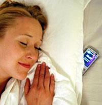 El 67% de los estadounidenses se va a la cama con el móvil