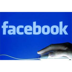 Los padres de internet advierten del monopolio de datos de Facebook