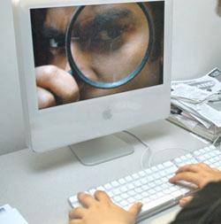 La AEPD critica la vulneración de la privacidad de grandes empresas online
