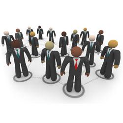 Las redes sociales son un apoyo en el reclutamiento de personal, pero no una alternativa