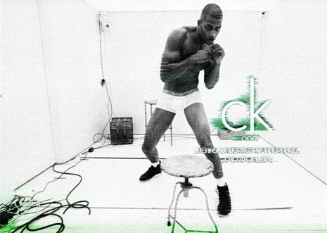 Calvin Klein lanza su primera campaña global para la marca textil ck One