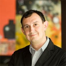 Ezequiel Triviñ?o, nuevo Presidente del Club de Creativos