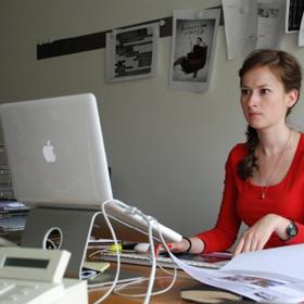 ¿Cómo es el día a día de una joven publicista?