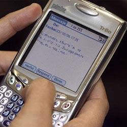 El 7% de los españoles manda un SMS nada más levantarse