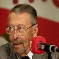 Alberto Oliart podría presentar hoy su dimisión como presidente de RTVE