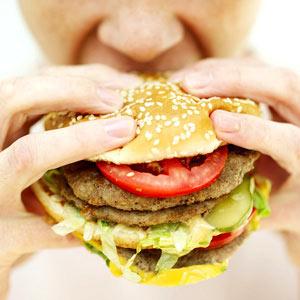 """En Hungría el consumo de """"comida basura"""" se castiga con un impuesto especial"""