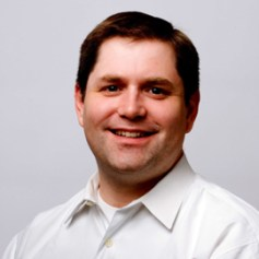 """""""Los social media son una oportunidad, pero la clave es cómo combinar las técnicas de marketing"""", J.Henderson (IBM) en la DMA 2011"""