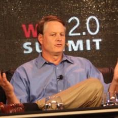 """J. Donahoe (eBay) en Web 2.0 Summit: """"la línea entre las compras online y offline está borrosa"""""""