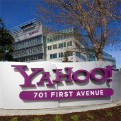 Microsoft vuelve a tirarle los tejos a Yahoo!