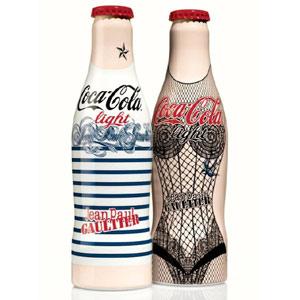 Jean Paul Gaultier levanta el telón de las nuevas y glamourosas botellas de Coca-Cola Light