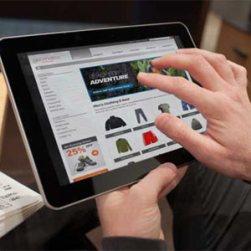 Teléfonos inteligentes y tabletas confirman su importancia en el proceso de compra esta Navidad