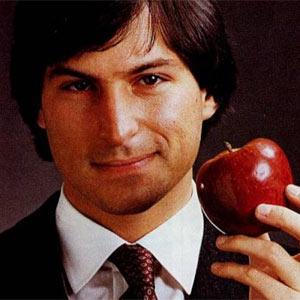 """Si quiere subirse a lo más alto de la pirámide """"marketera"""", sea audaz y mírese en el espejo de Steve Jobs"""