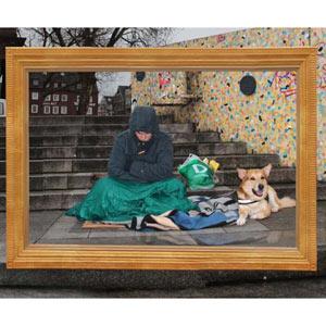 "Ogilvy sorprende ""enmarcando"" a las personas sin hogar con fines benéficos"