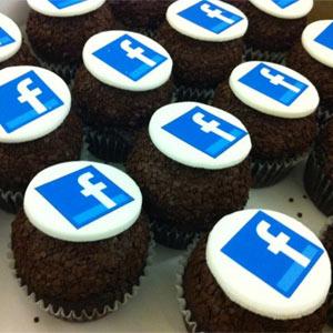"""10 maneras en las que Facebook está intentando """"camelarse"""" a los anunciantes"""