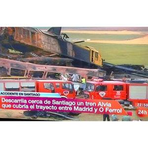 Las televisiones, en el ojo del huracán por su tardanza en informar sobre el accidente de tren en Santiago