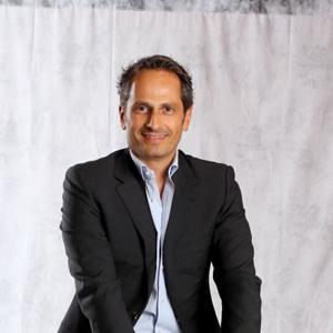 Aegis Media anuncia el nombramiento de Carlos Viladevall como nuevo CEO de Carat para España
