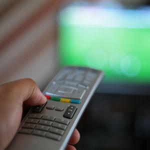 La presión publicitaria en televisión sube en junio un 1,2% respecto al pasado mes de mayo