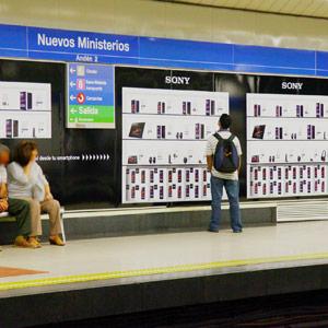 JCDecaux Innovate convierte Metro de Madrid en una Sony Store