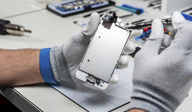"""Apple luchará (con uñas y dientes) contra el """"derecho a reparar"""" sus dispositivos"""