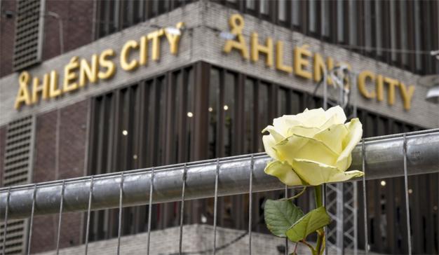 """Esta marca celebra con """"ofertones"""" su reapertura tras el atentado del viernes en Estocolmo"""