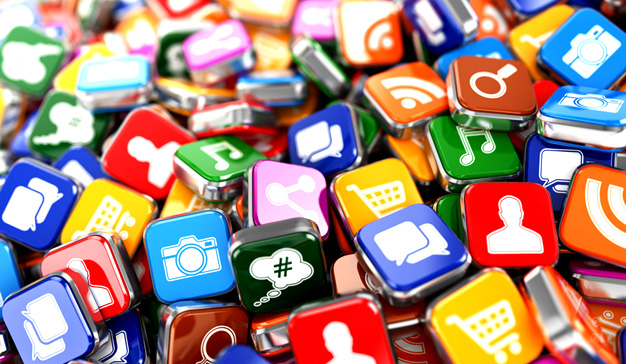 WhatsApp, Facebook Messenger y Super Mario Run, las apps más descargadas en España