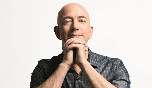 Un viernes no tan negro para Jeff Bezos: su fortuna alcanza los 100.000 millones de dólares