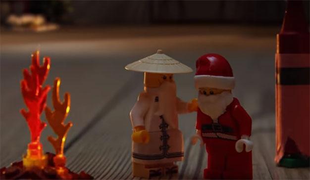 Sensei Wu salva a Papá Noel en este divertido anuncio de Lego