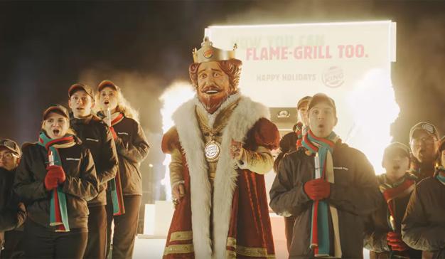 """Burger King hace un """"fogoso"""" regalo navideño a su archienemigo McDonald's"""
