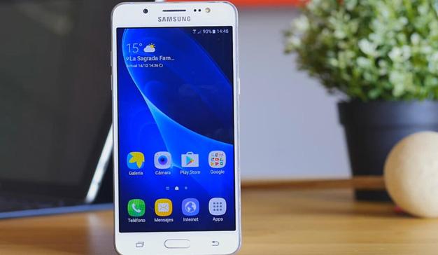 El Galaxy J5, el móvil más vendido en España en un año redondo para Samsung
