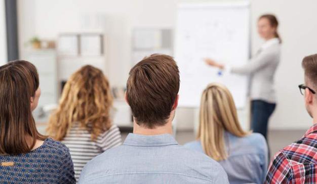 IEBS presenta seminarios y webinars para el mes de enero