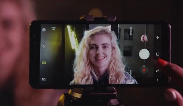 Samsung presume de la cámara de su Galaxy A8 ante la Generación Z
