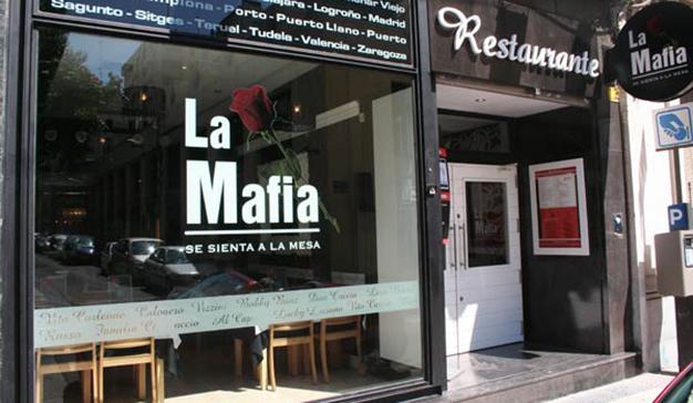 La Mafia se sienta a la mesa presenta el making off de su nuevo spot