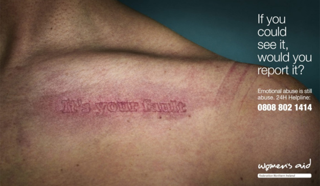 En esta campaña la piel femenina es un lienzo donde la violencia se escribe a golpes