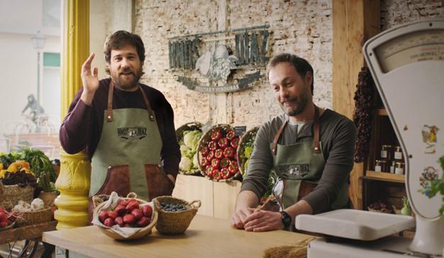 """""""Frutería"""", la última campaña de Vodafone para mostrar las claves de su paquete profesional"""