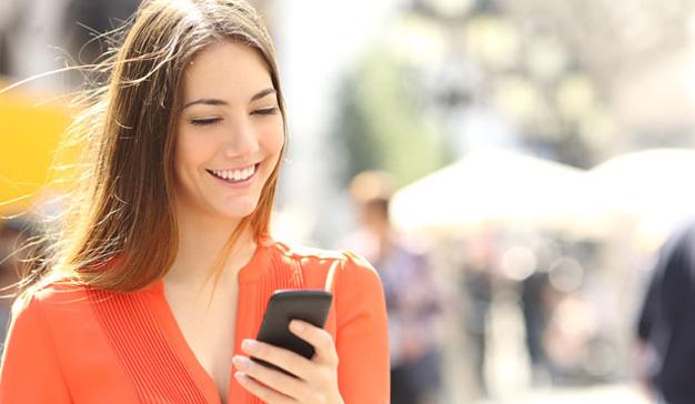 ¿Es capaz un smartphone de poner la oreja y escuchar las conversaciones privadas?
