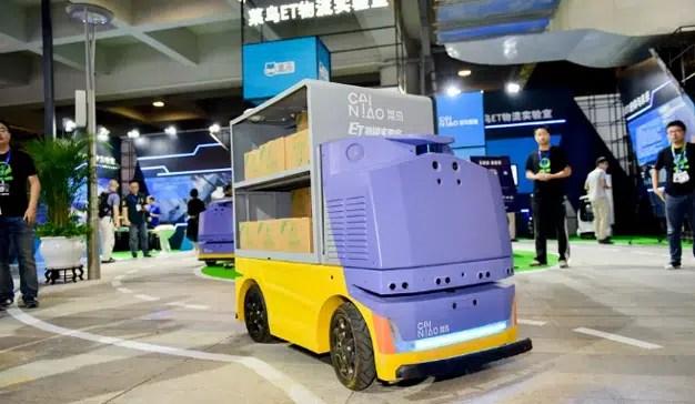 Alibaba crea un robot sin conductor para enviar sus paquetes