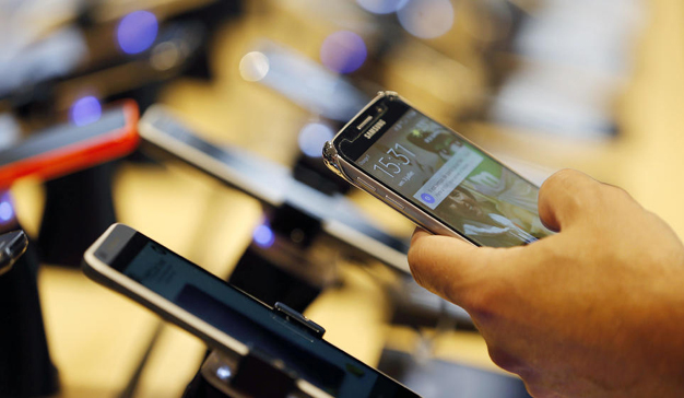 A pesar de disminuir las ventas, los smartphones consiguen en EMEA sus mejores ingresos desde 2015