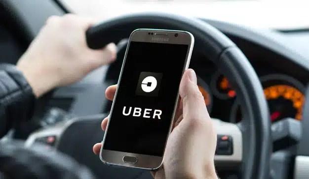 Uber prueba un servicio para esperar más a cambio de pagar menos