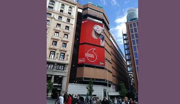 Vodafone triunfa en el medio exterior con su última campaña