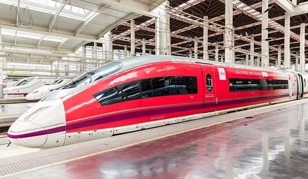 El silencio de Fujitsu viaja en el vagón del silencio del Ave
