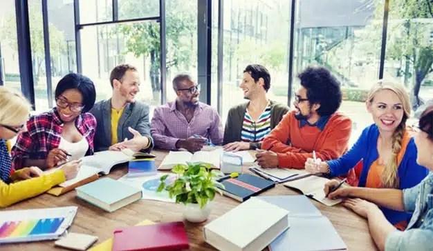 """""""El departamento de marketing y comunicación deben trabajar de manera transversal"""", Patricia Leiva (Mahou)"""